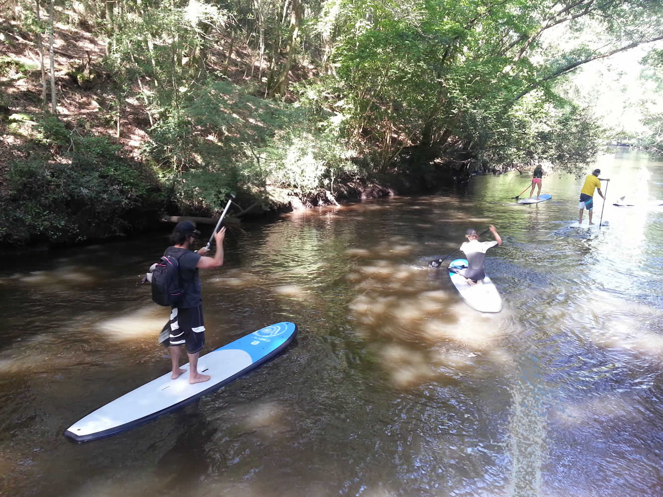 location-contis-vacances-stand up paddle sur le Courant